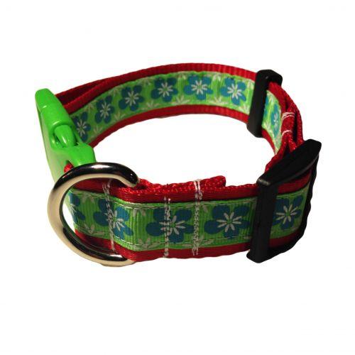 green flower collar
